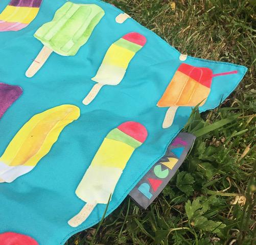 Ice lolly picnic blanket
